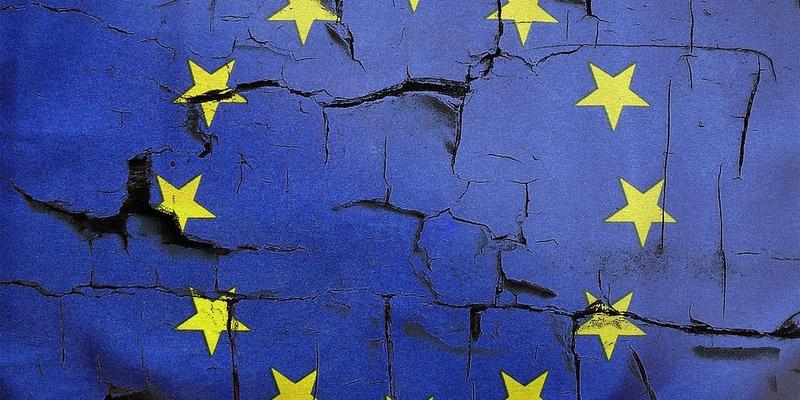 В ЕС не намерены сворачивать программы гражданства за инвестиции, несмотря на оскандалившийся Кипр
