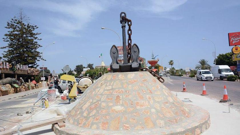 В Айя-Напе установили памятник якорю   CypLIVE