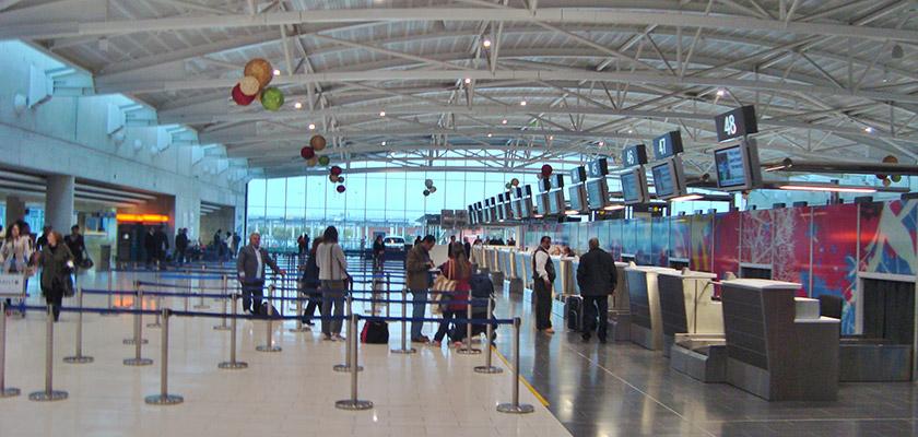 Аэропорт Ларнаки привлекает турко-киприотов своей дешевизной | CypLIVE