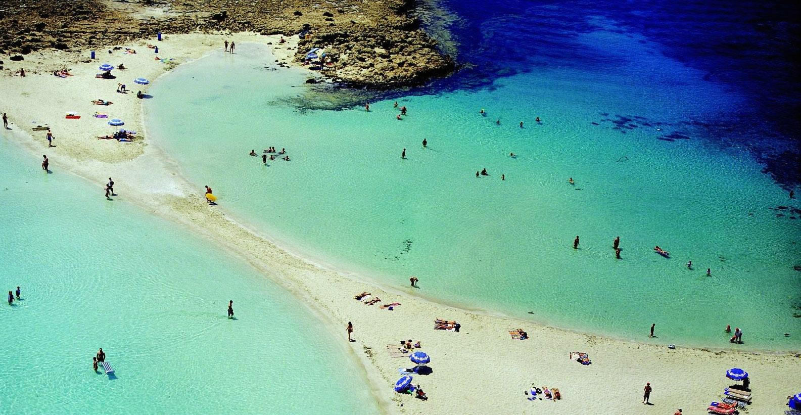 Парламент Кипра одобрил торговлю пляжами