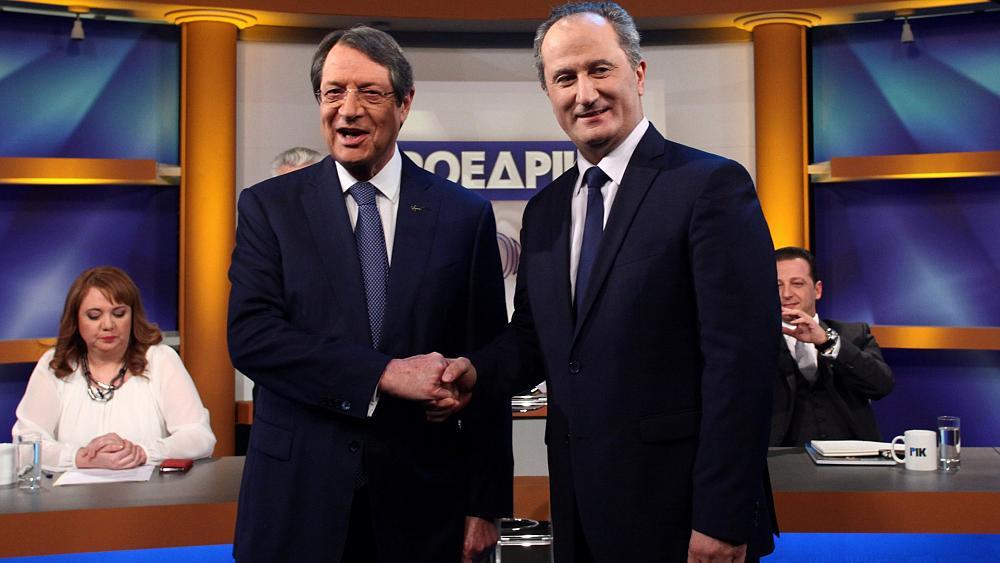 Стартовал второй тур президентских выборов на Кипре: Анастасиадис или Малас?