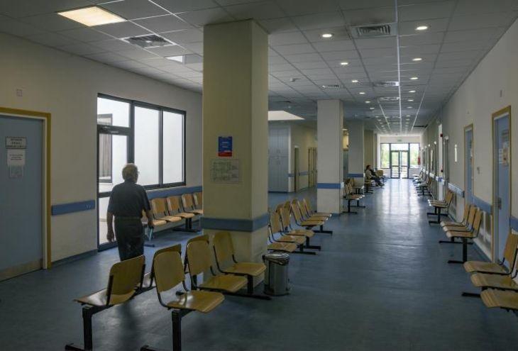Врачи госбольниц Кипра выходят на забастовку
