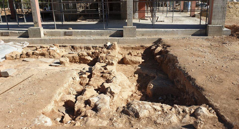 Археологи нашли в Протарасе останки священника - Вестник Кипра